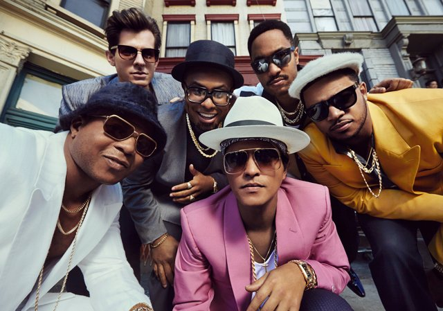 Bruno Mars and Mark Ronson,FIFA 15 Celebration, 'Uptown Funk!'